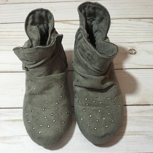 Gray ankle boots little girls